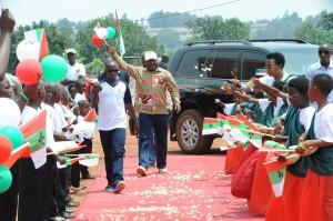 4ème anniversaire de la victoire du CNDD-FDD aux élections démocratiques de 2010 au Burundi ( Photo: https://www.facebook.com/cndd.fdd )