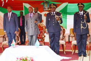 Prestation de serment de nouveaux officiers de police à l'ISP ( Photo: facebook.com/PresidenceBurundi)