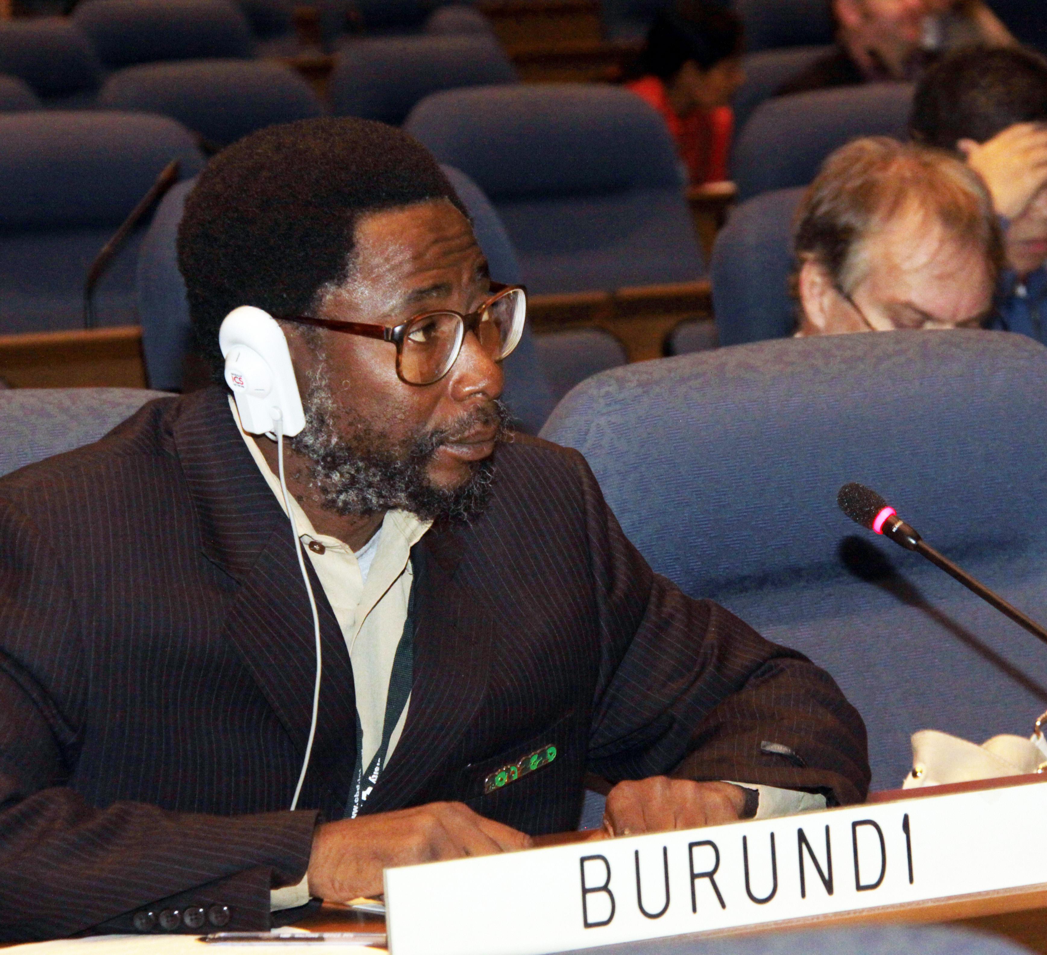 M. Benoît Nzigidahera, expert en diversité biologique à l'Office Burundais pour la Protection de l'Environnement (OBPE) - Photo : http://www.iisd.ca