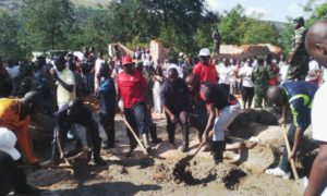 Burundi : TDC - Construction du campus universitaire de Buhumuza à Cankuzo ( Photo : Espérance Ndayizeye @esperancenday - 21/05/2016)