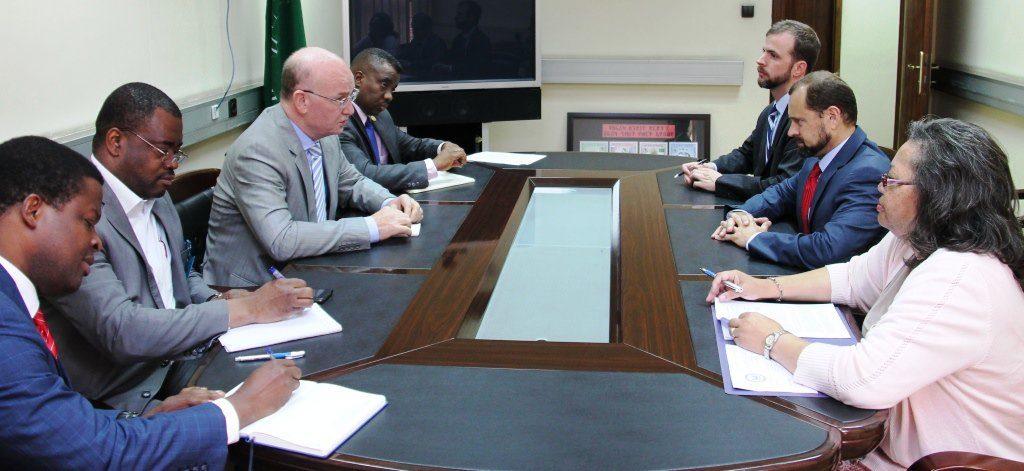 USA/UA: le Commissaire Chergui a reçu ce matin Thomas Perriello pour parler du Burundi et de la RDC ... Burundi : Le - Juge - Thomas Perriello s'en prend au voisin la RDC Congo ( Photo : ikiriho 2016 )