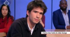 Juan Branco, l'homme dans l'ombre de Julien Assange - Le Supplément du 27/03 - CANALPLUS.FR