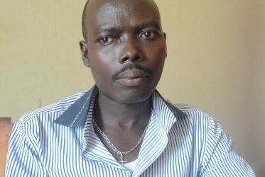 M. Eric Niyongabo, chercheur ornithologue burundais ( Photo : ppbdi.com 2016 )