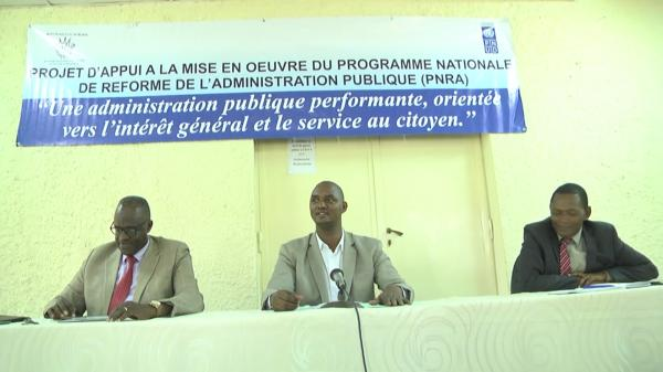Burundi : Echange sur la Politique Nationale de Reforme Administrative ( Photo : RTNB 2017 )