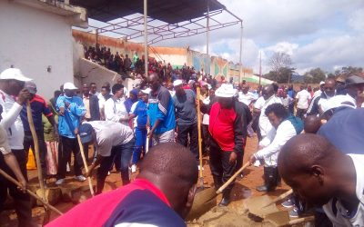 Burundi : TDC - Réhabilitation du Stade Royal de la commune Muramvya ( Photo : RTNB 2018 )