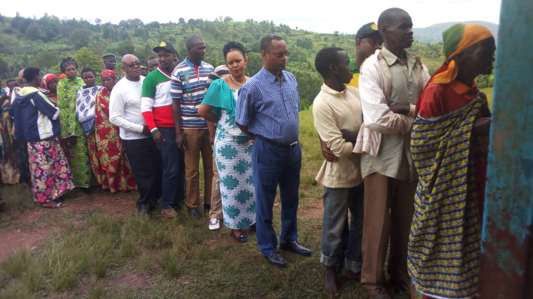 Burundi : KAYANZA - Le vote pour le REFERENDUM CONSTITUTIONNEL 2018 ( Photo : ikiriho 2018 )