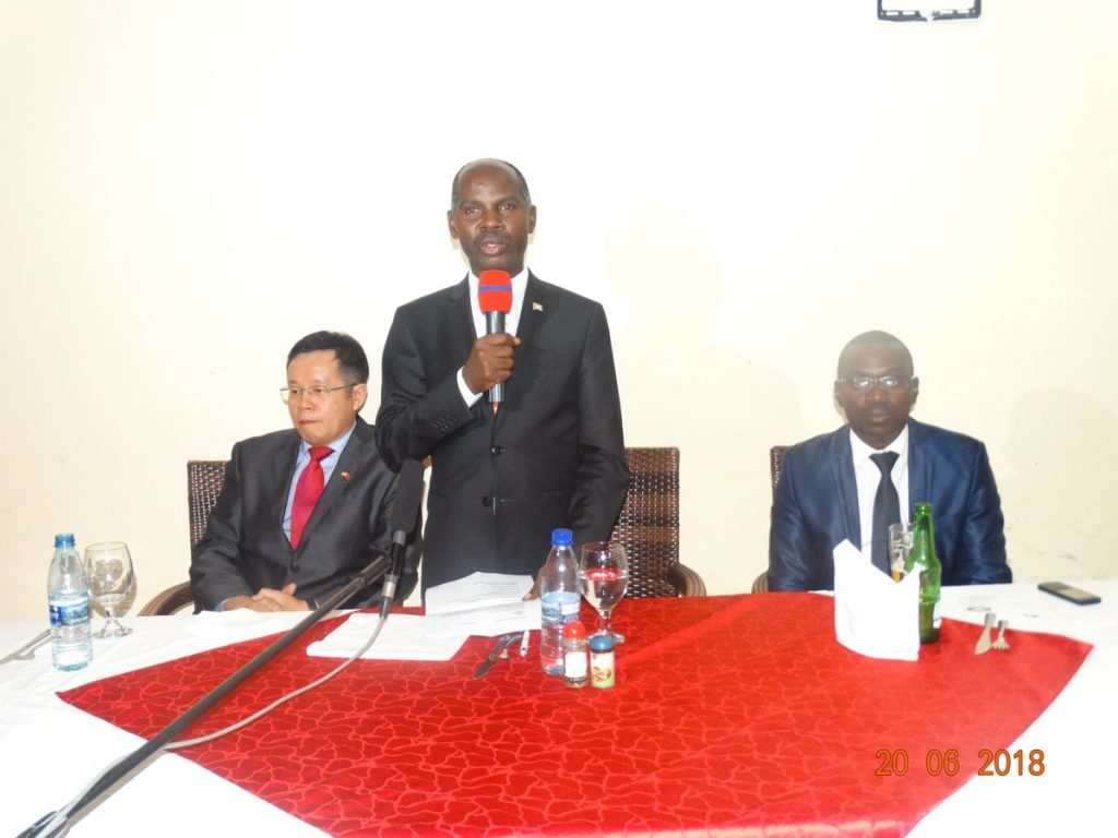 Burundi / Chine : Reception de la 18 ème Mission Médicale Chinoise ( Photo : MINISTRE AFFAIRES ETRANGERES BURUNDI - 2018 )