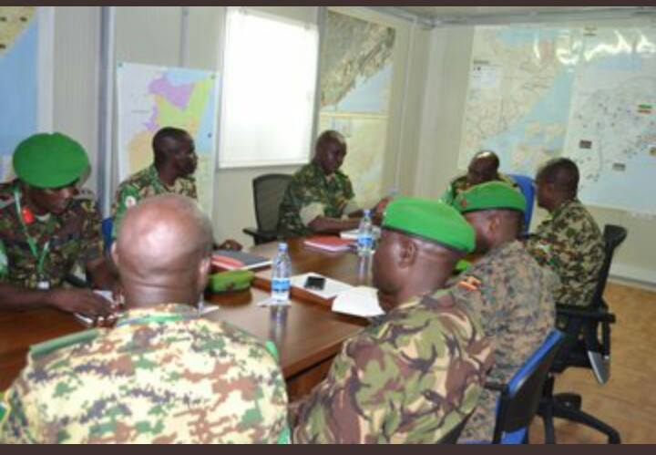 Burundi : Visite du chef d'Etat Major adjoint FDNB à ses troupes AMISOM ( Photo : ikiriho 2018 )