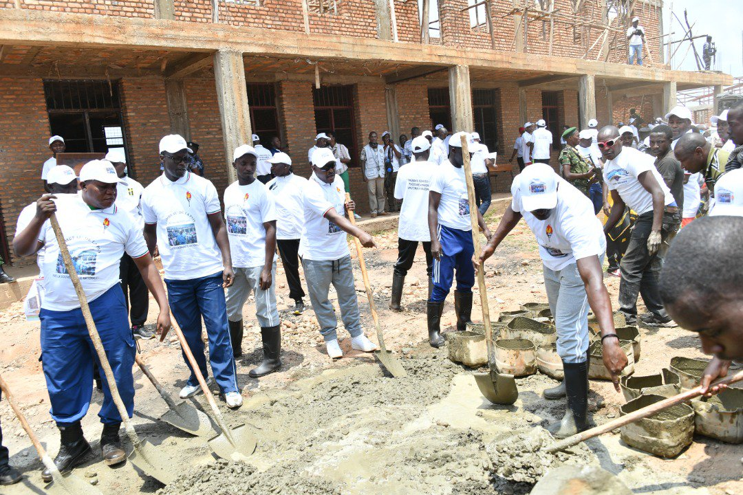 Burundi : TDC - Construction de l'Ecole Technique Secondaire Makaba ( Photo : PRESIDENCE.BI 2018 )